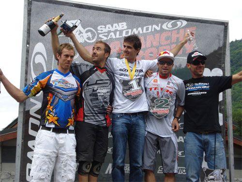 Il podio: Parolin, Vouilloz, Absalon, Wildhaber e Barel